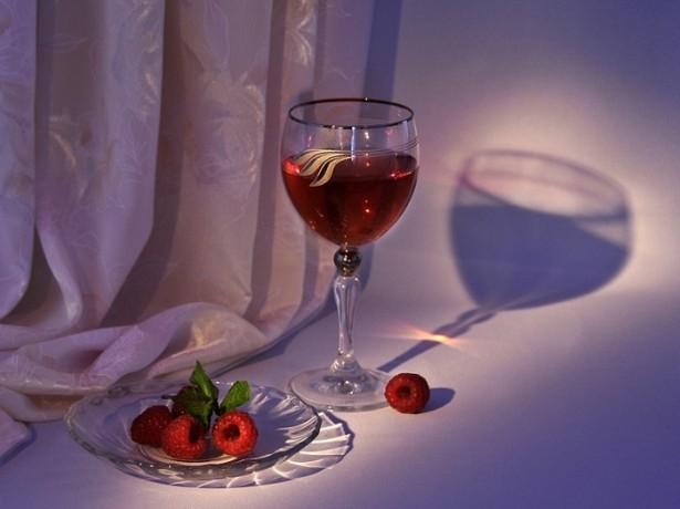 Как сделать из малины вино другими способами?
