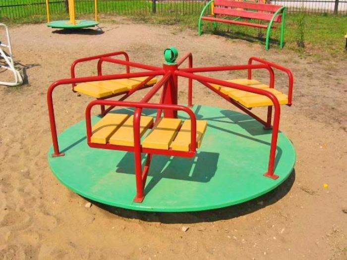 Сделать карусель для детской площадки своими руками 876