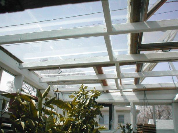 Крыша из оконных рам
