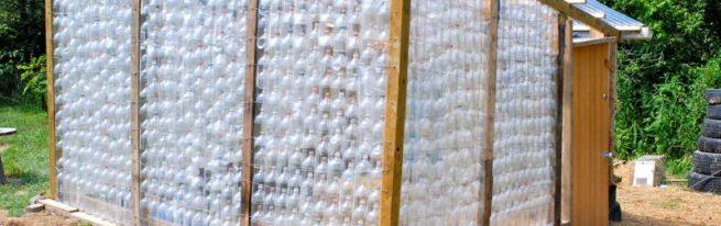 Самостоятельно изготавливаем теплицу из подручных материалов