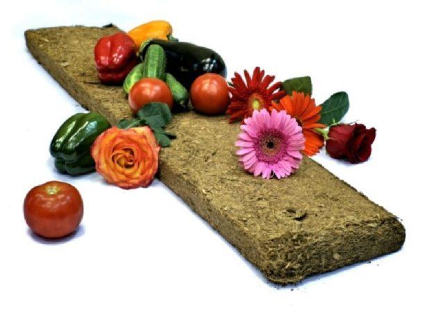 Кокосовый брикет, цветы и овощи