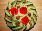 Салат из кабачков с настурцией