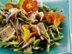 Салат из настурции а-ля Ницца