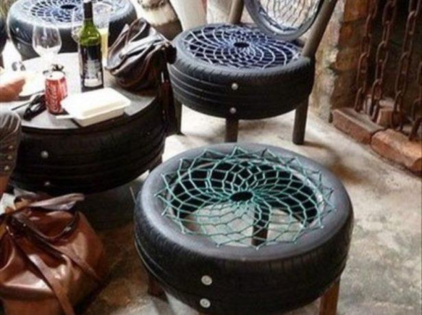Кофейный столик и кресла из покрышек