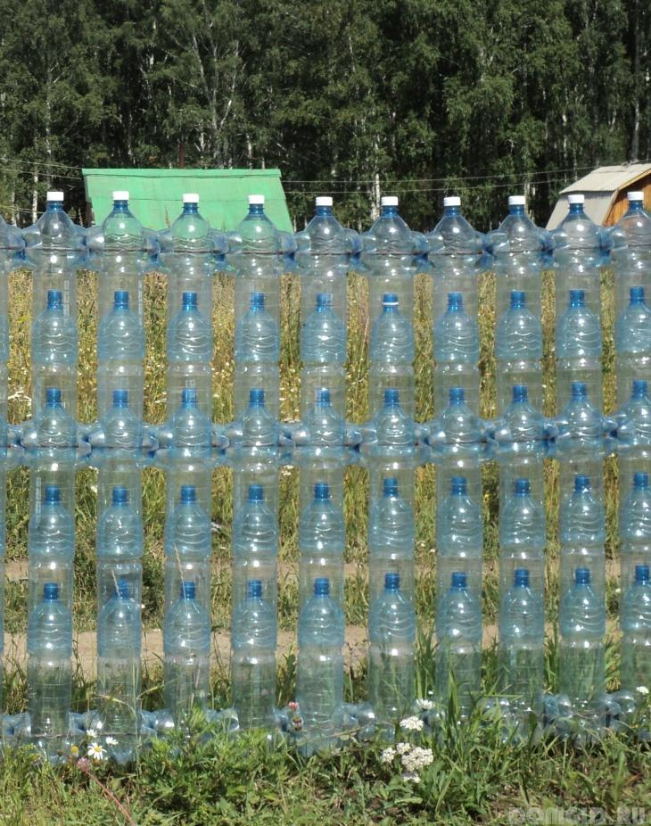 Декоративные заборы своими руками из пластиковых бутылок