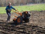 Приспособления, облегчающие посадку картофеля и уход за ним