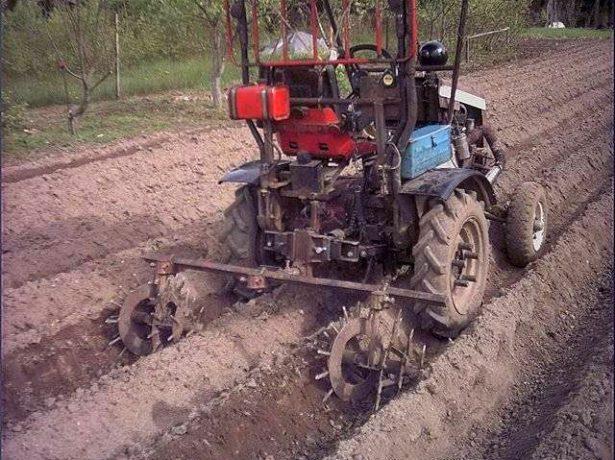 Ежи на мини-тракторе
