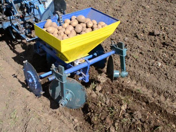 Мини-сажалка для картофеля