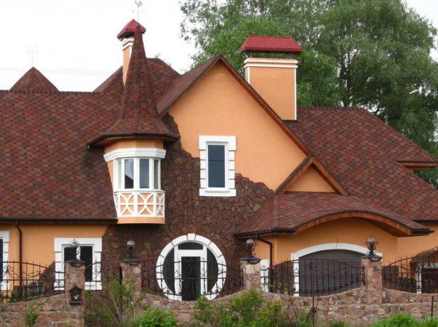 Сложная многоскатная крыша