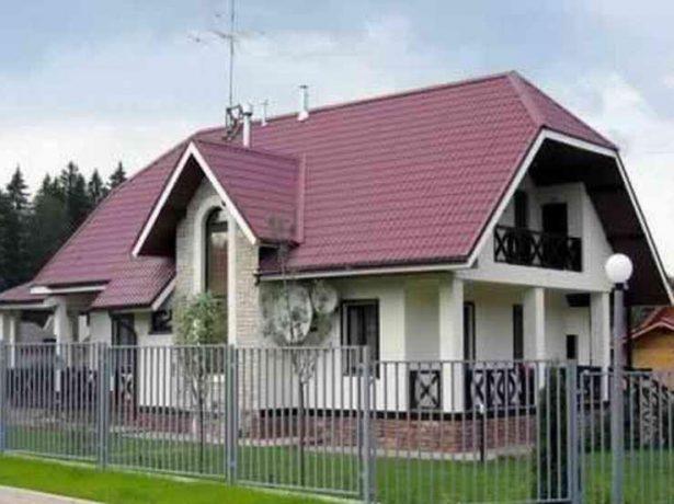 Полувальмовая крыша голландского типа