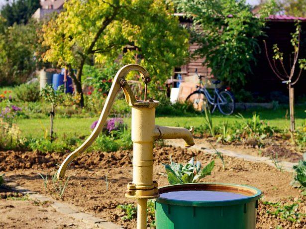Скважина для воды на участке