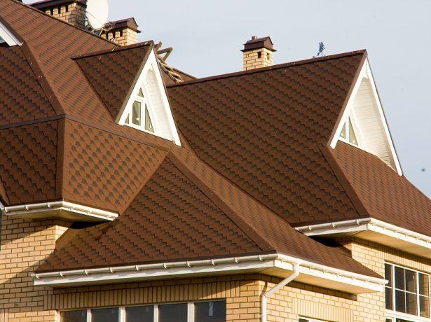 Эффектная крыша жилого дома