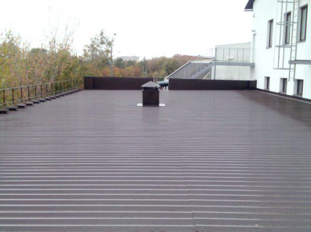 Плоская крыша с профнастилом
