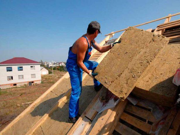Утепление минватой крыши жилого дома