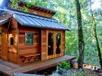 Малогабаритный лесной домик