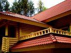 Крыша современного деревянного дома