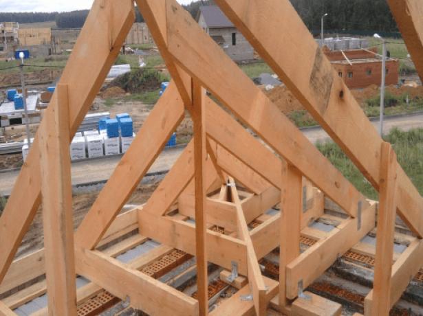 Подкосы для шатровой конструкции