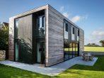 Дом из бруса в современном стиле