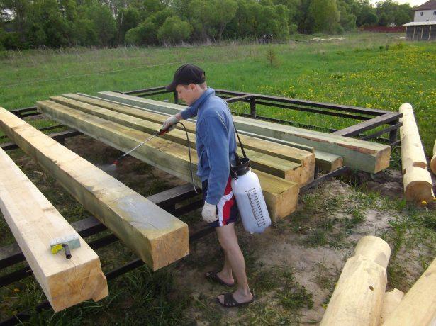 Обработка дерева защитными составами