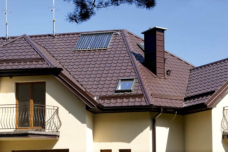 Особенности выбора и монтажа доборных элементов для крыши из металлочерепицы