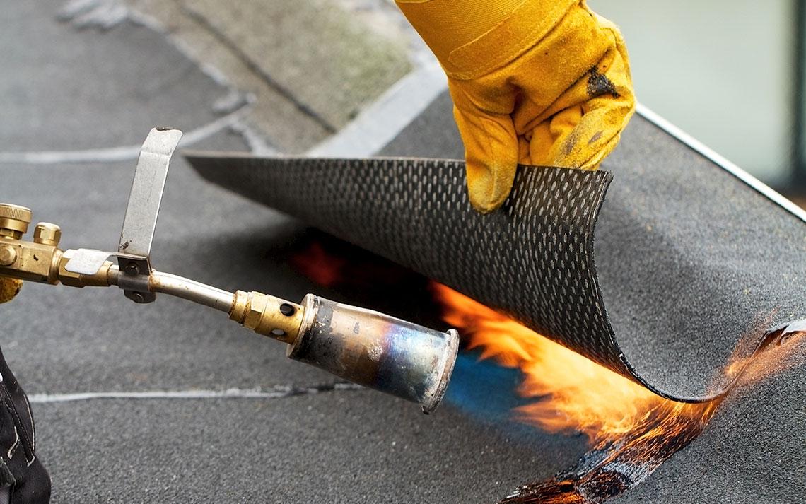 Рулонные наплавляемые кровли: выбираем идеальное покрытие для крыши