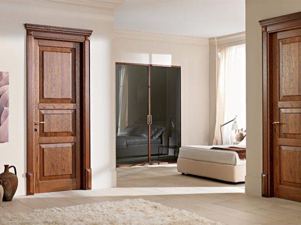 Деревянные двери после обработки морилкой