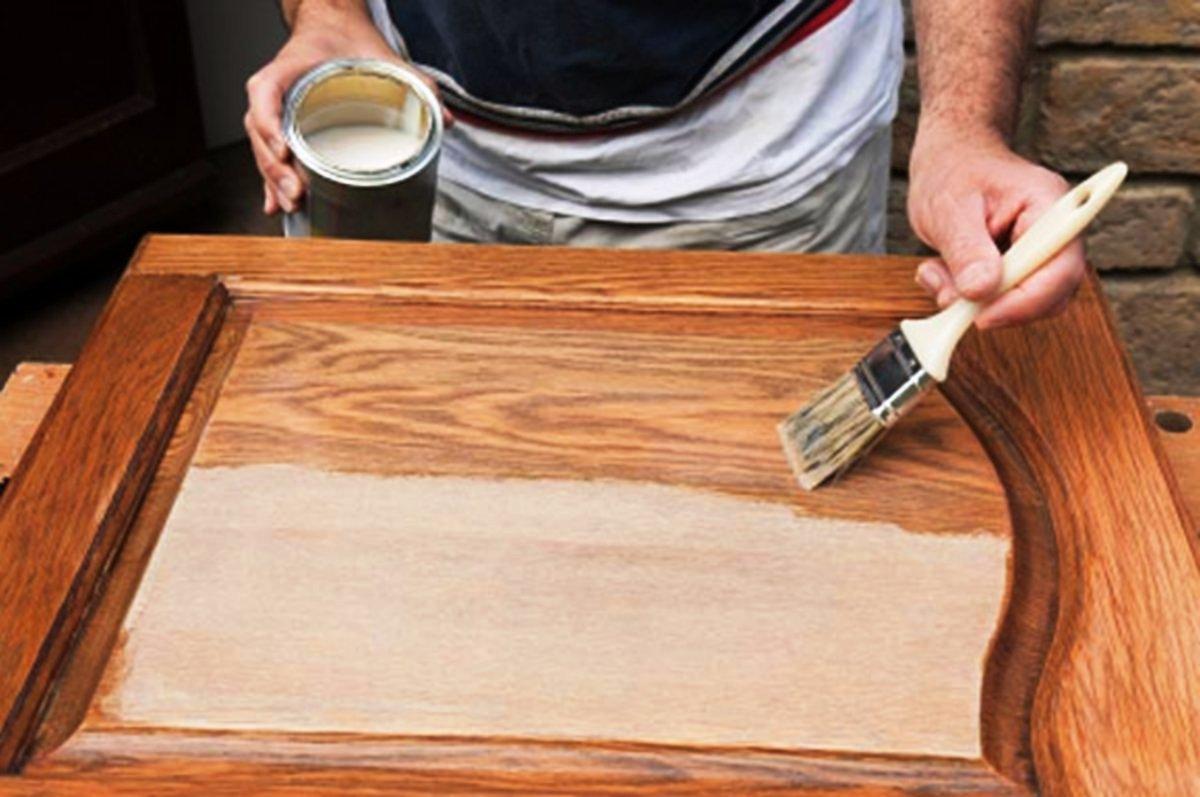 Новая жизнь старой двери: реставрация своими руками
