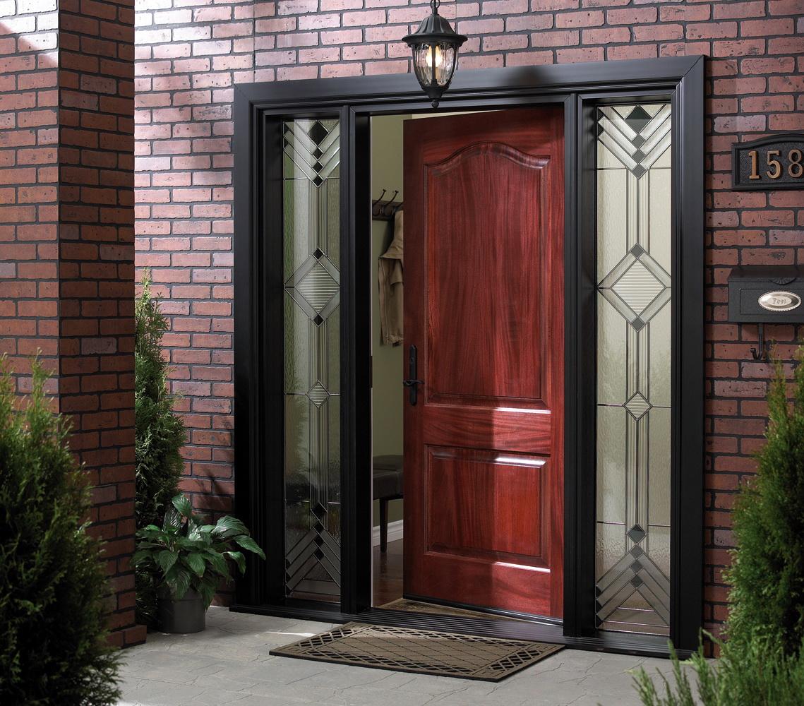 Как сделать вход парадным: накладки на входную дверь