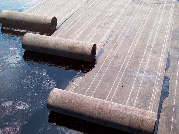 Материал для рулонной гидроизоляции крыши