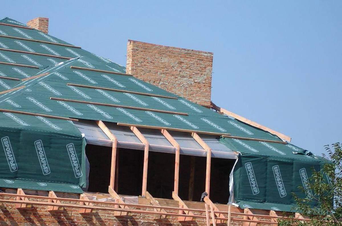 Защитники крыши: изоляционные кровельные материалы