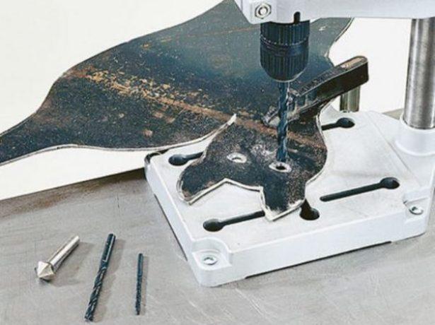 Сверление отверстий в фигурке флюгера