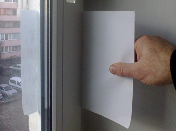 Проверка прижима пластикового полотна
