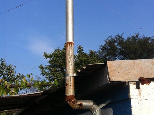 Последствия нарушения технологии монтажа дымохода из оцинковки