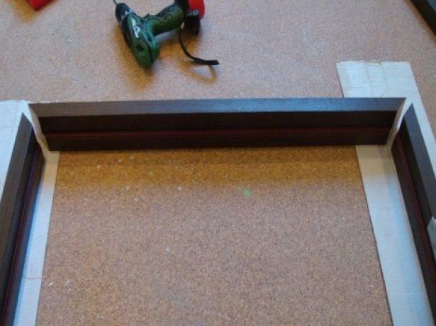 Обработанные бруски дверной рамы