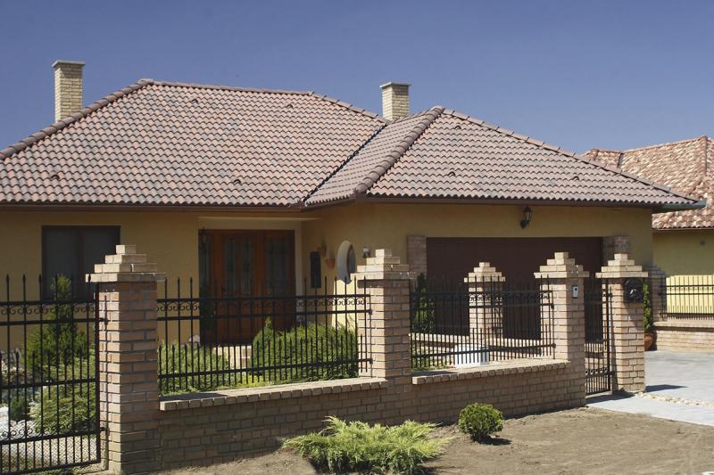 Цементно-песчаная черепица — достойный выбор для крыши дома
