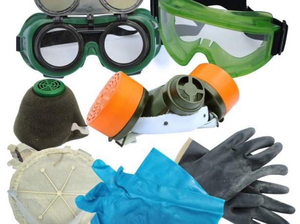 Защитные очки и респиратор