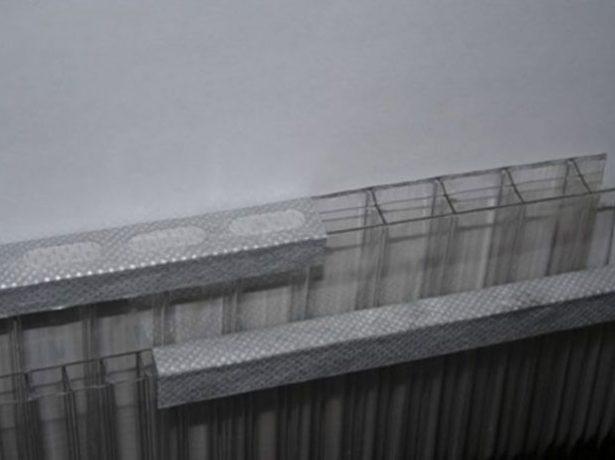Герметизирующая лента для поликарбоната
