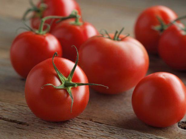 Плоды томата Красная гвардия