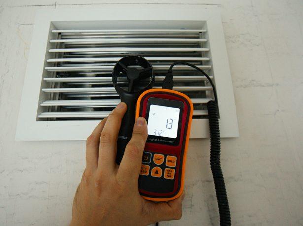 Анемометр и вентиляционный ход