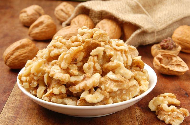 Грецкие орехи: как очистить их и сохранить надолго
