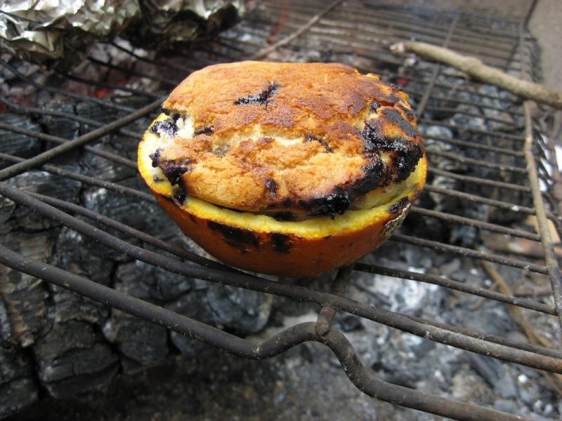 Не только шашлыки: 7 блюд, которые можно приготовить на открытом огне