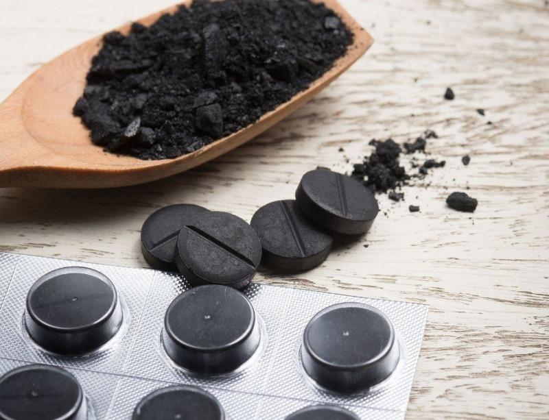 Активированный уголь: 7 дел на даче, в которых он незаменим